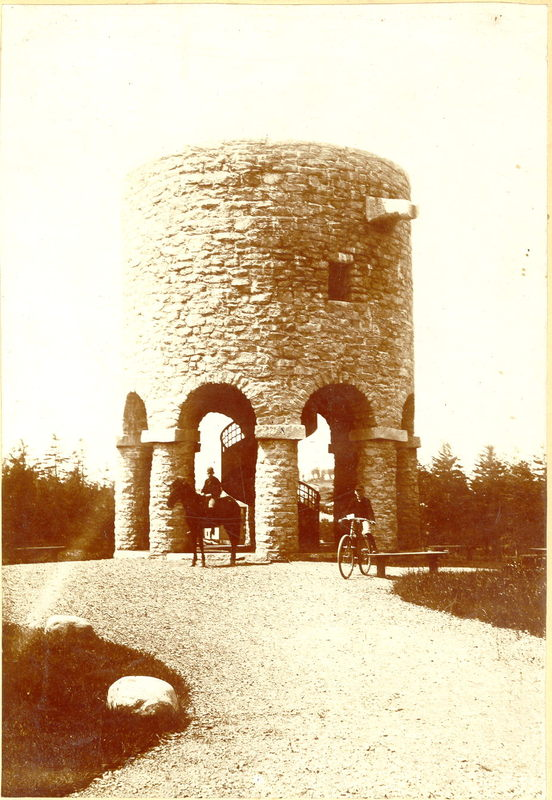 Institute Tower with Horse and Bicycle<br />