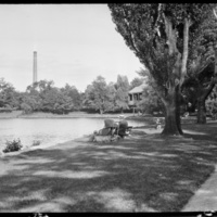 Institute park; view of family at the water (Luce 92).jpg